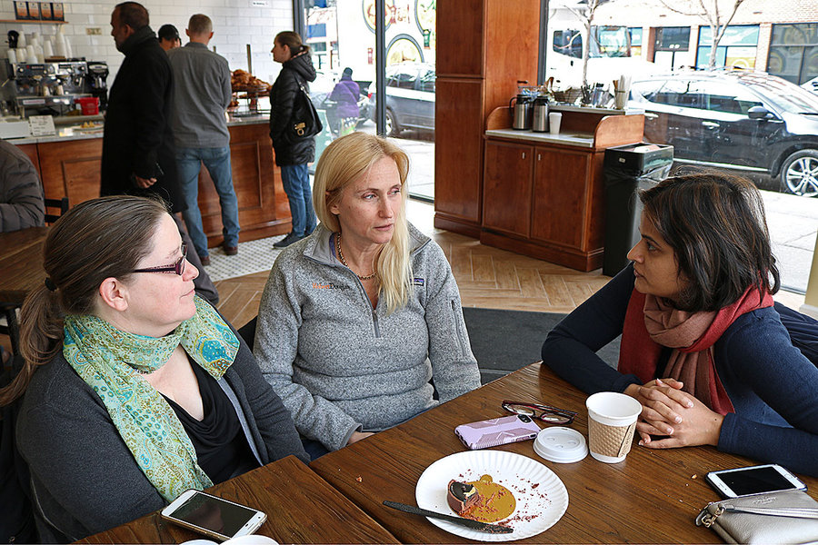 Picture of Nuala O'Doherty, Honor Mosher and Radha Vastal at a coffee shop